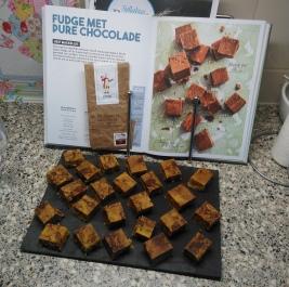 12 Fudge met Pure Chocolade